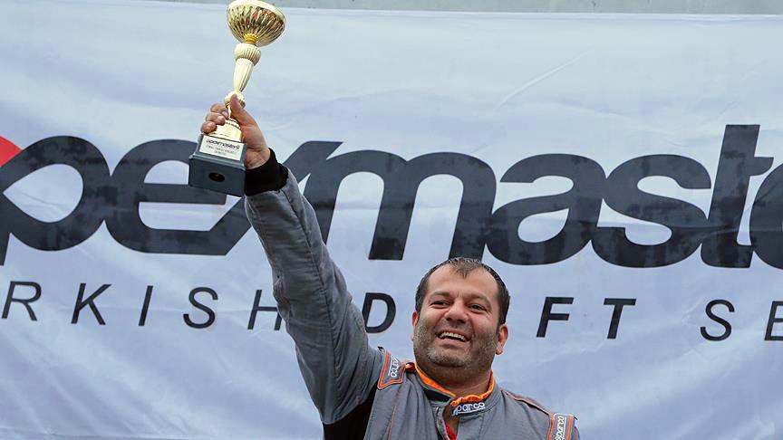 Türkiye-Drift-Şampiyonu-Timur-Pomak